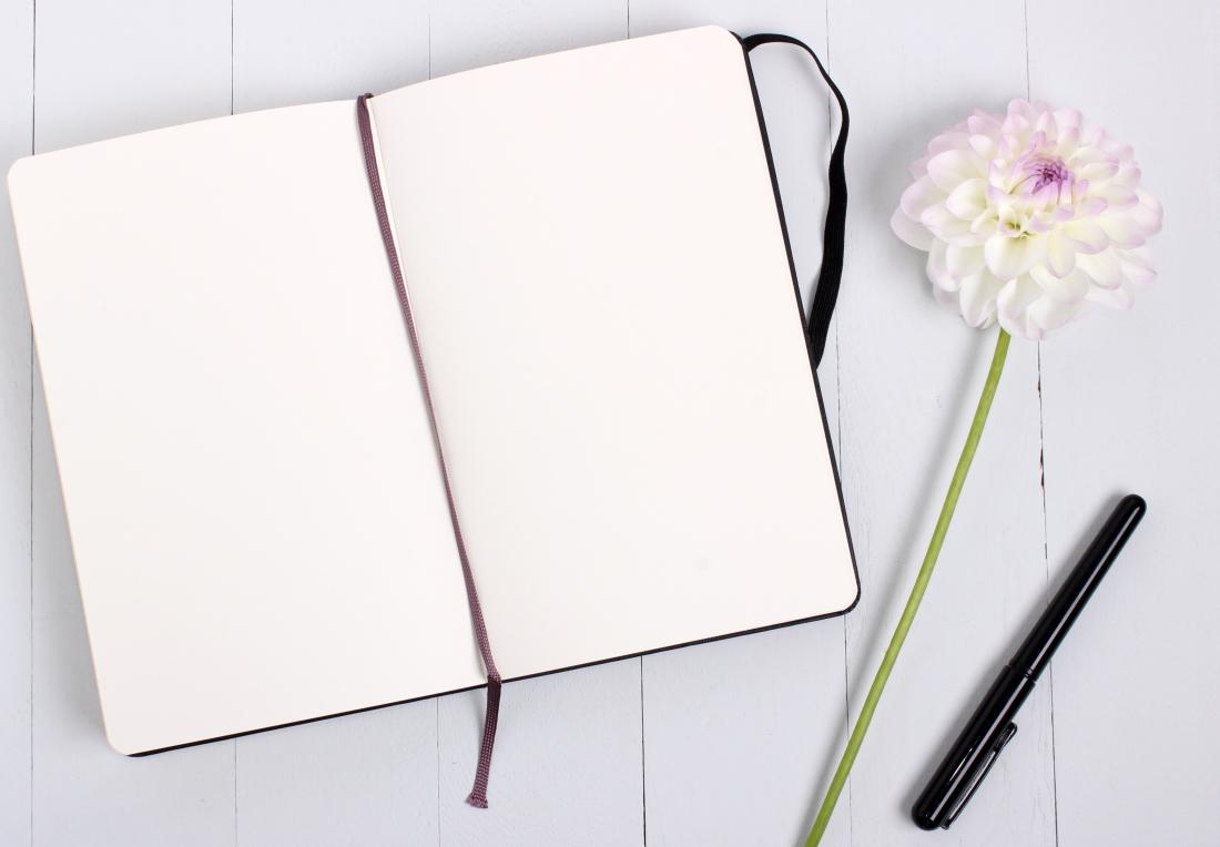 blank-diary-flower-957201